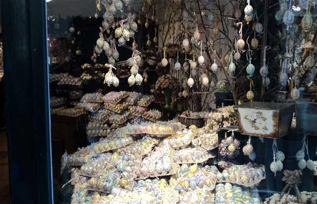 Tienda de huevos decorados