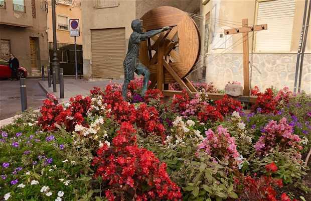 """Escultura de """"El Xiquet Menaó"""""""