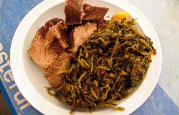 Comida local camerunesa - Taró
