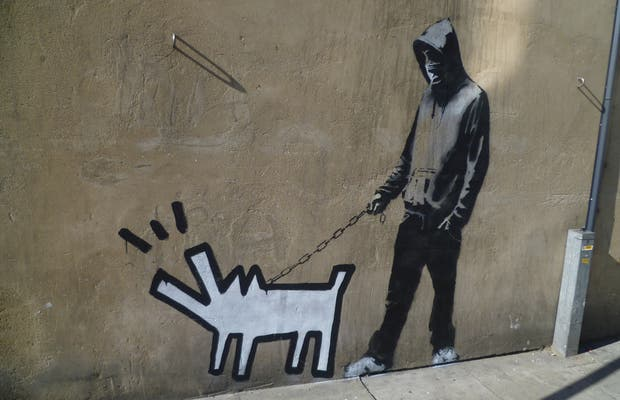 Choose Your Weapon - Banksy - Effacé