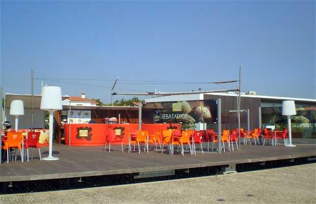 Restaurante Cafetería Pé no Rio
