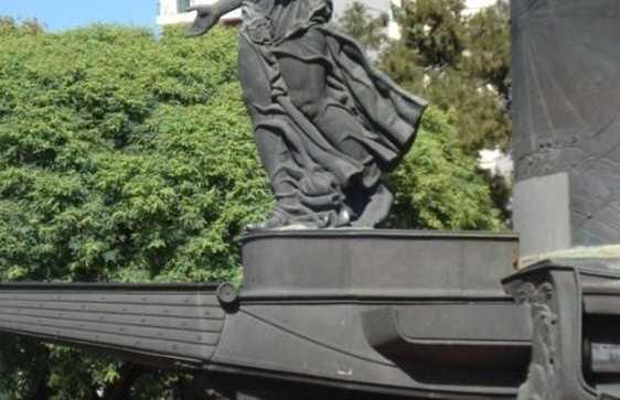 Monument de la confraternité