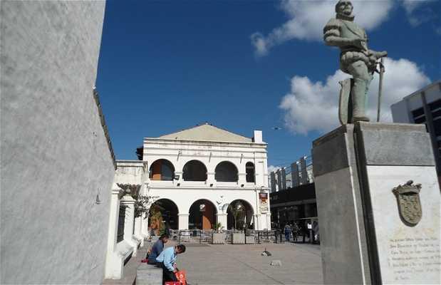 Statua del Vicerè del Perù
