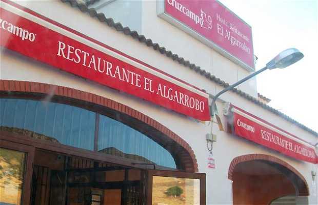 Hostal-Restaurant El Algarrobo