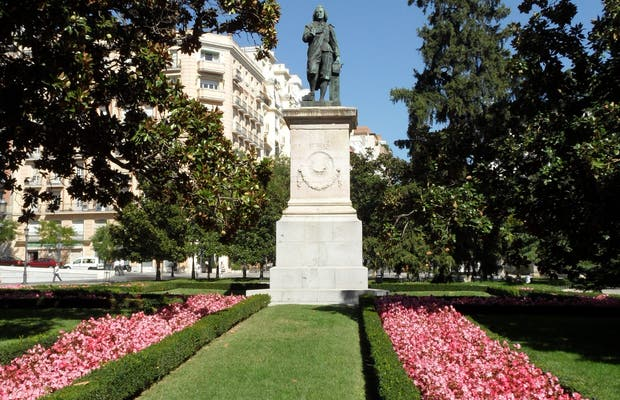 El Prado museum gardens