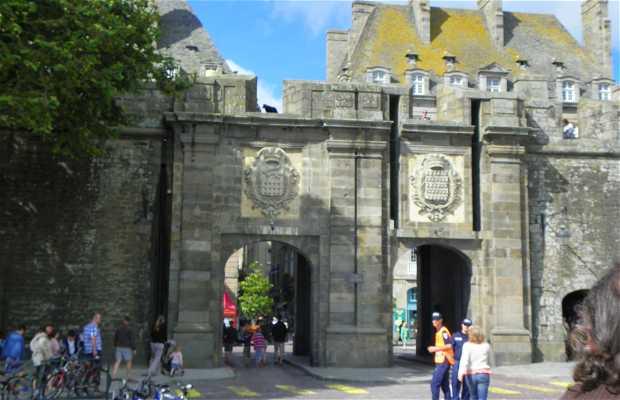 Puerta Saint Vincent