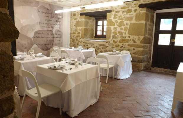 Palacio de Los Ozpinas Restaurant