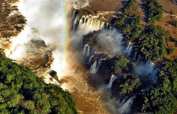 Voar sobre as cataratas do Iguaçu em Helicóptero