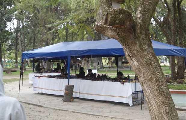 Mercado de artesanía del parque Jipiro