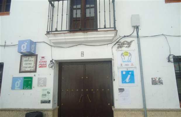 Casa de la Cultura Elías Ahuja