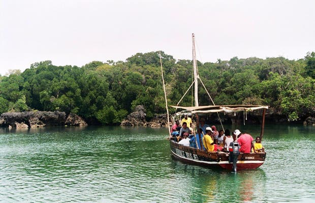 Navegando alrededor de Unguja