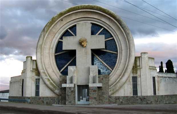Portal del cementerio de Saldungaray
