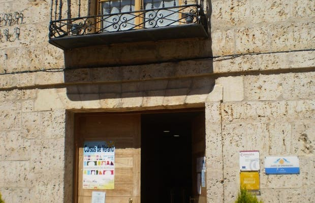 Oficina de turismo de melgar de fernamental en melgar de for Oficina turismo burgos