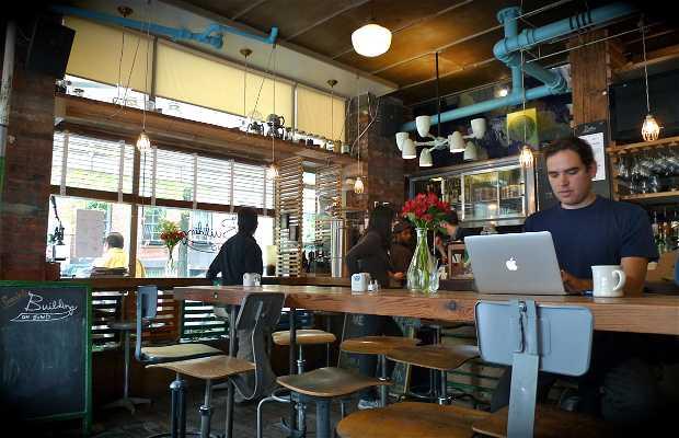 Café Building on Bond