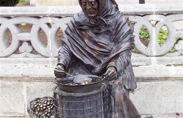 Escultura La Castañera
