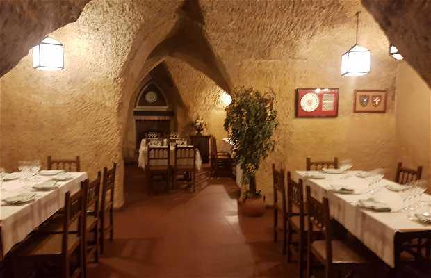 Restaurante La Cueva de Mucientes (Valladolid)