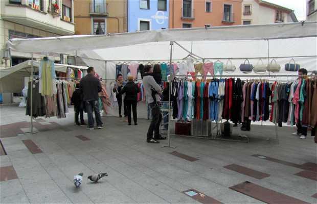 Mercadillo en Plaza Eudald