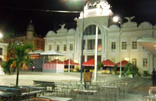 Largo Terreiro de Jesus (Praça 15 de Novembro)