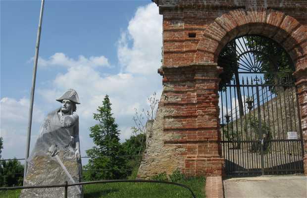 Castillo y museo napoleónico