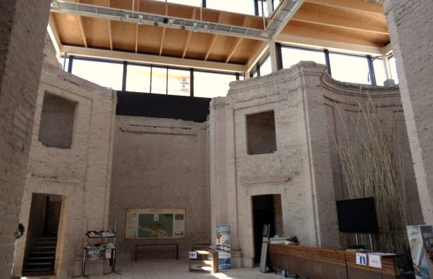 Oficina de Turismo - Iglesia Nueva
