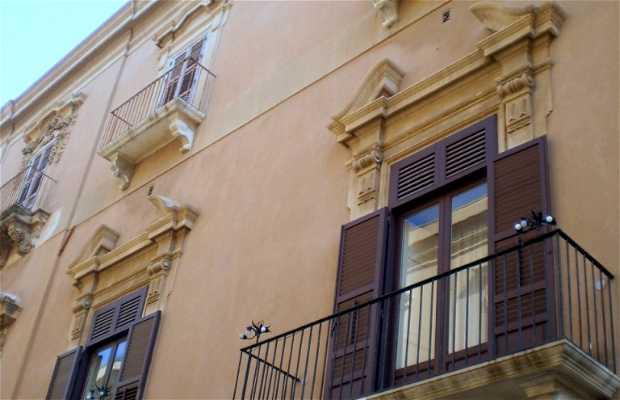 Palazzo Pape e Casa Lombardo (Vescovado)