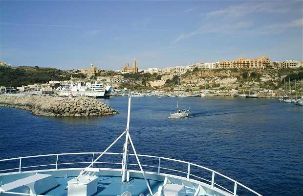 Atracando en Ghanjsielem-Gozo-