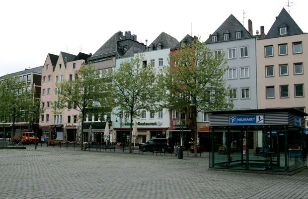 HEUMARKT and surroundings.