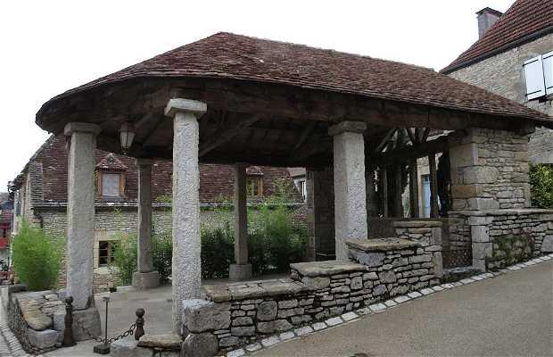 La halle de Montvalent