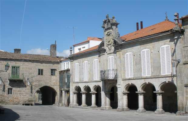 Méndez Nuñez Square