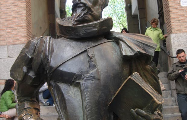Statua di Cervantes
