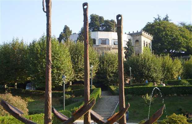 Le monument a los Galeones de Rande
