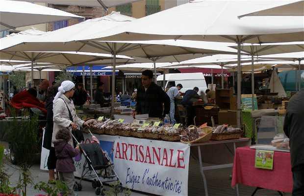 Mercado en la Plaza de la República