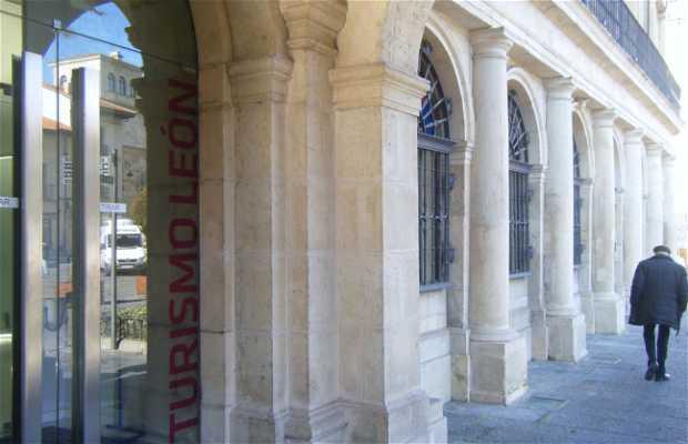 Oficina de turismo en le n 1 opiniones y 6 fotos for Oficina de turismo ibiza