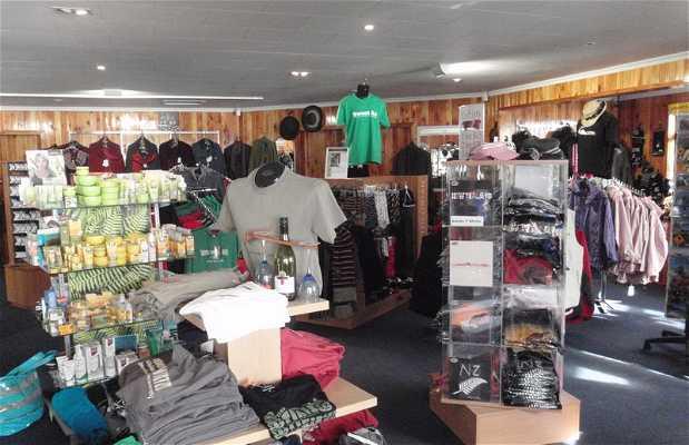 Moeraki Souvenir shop