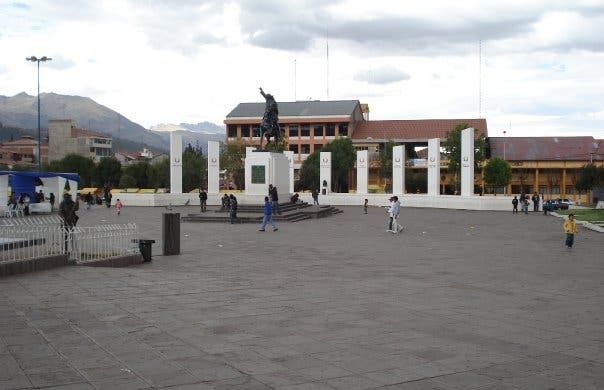 Plaza Tupac Amaru