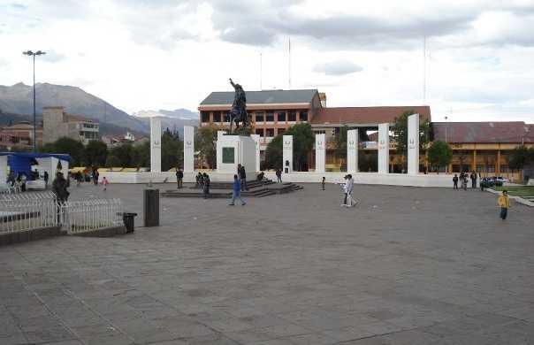 Tupac Amaru square