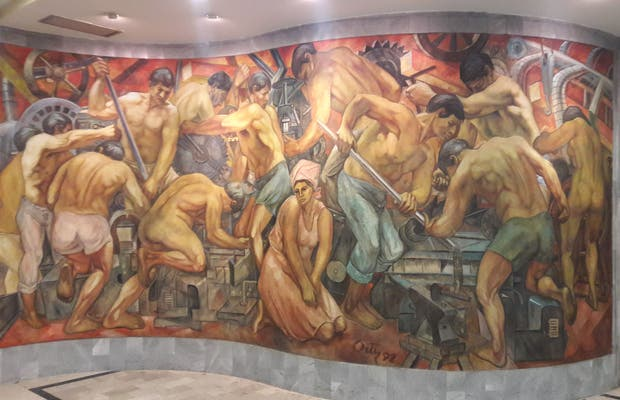 Murales del Maestro Leonel Ortiz