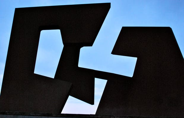 Construcción Vacía - Escultura de Jorge Oteiza