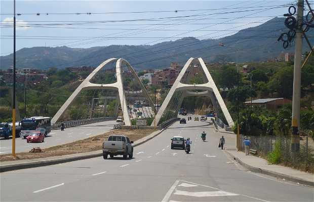 Puente Antonia Santos