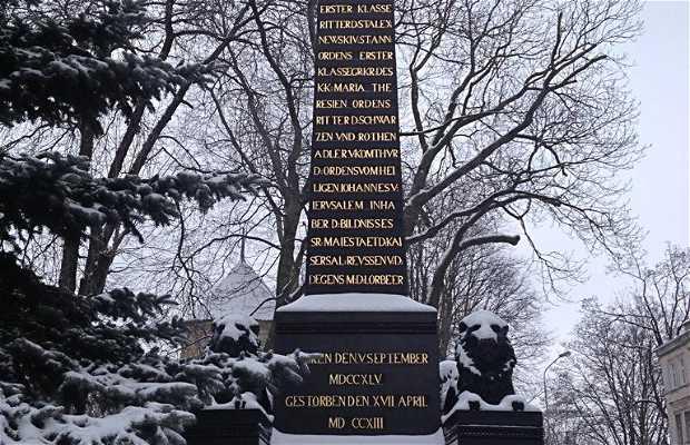 Obelisco a Kutuzov