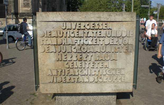 Monumento anti fascista