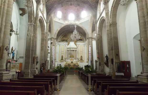 Parroquia de Santa Catarina Virgen y Mártir.