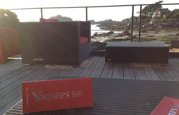 Youbee's Bar