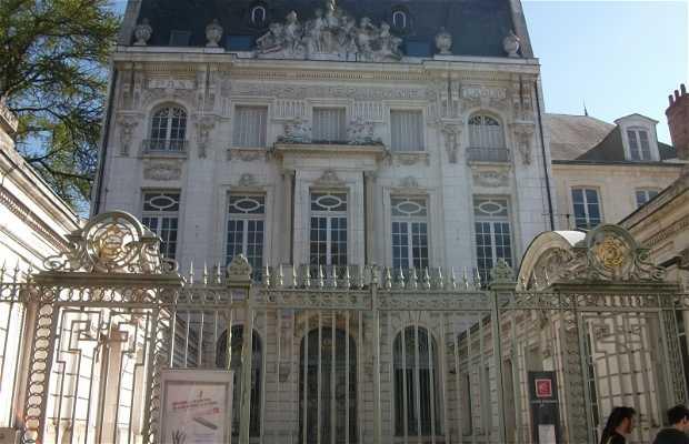 Casa de la Caisse d'Epargne
