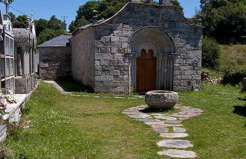 Iglesia románica en Mirallos