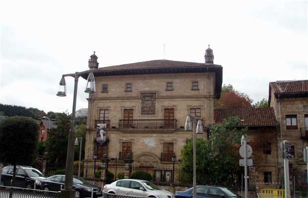 Museo de Arte e Historia (Arte eta Historia Museoa)