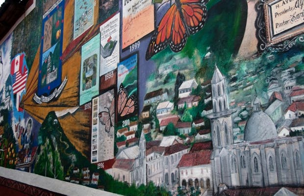 Mural with the history of Angangueo