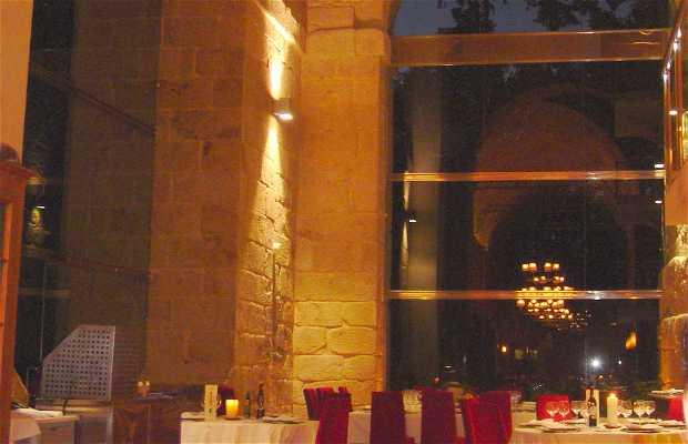 Parador de Santo Estevo. Restaurante Dos Abades