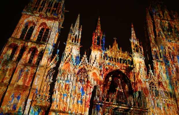 Projeções na Catedral de Rouen