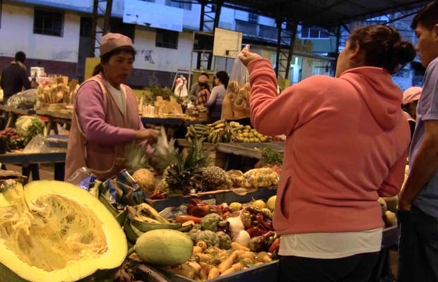 Mercado del 5 de junio Baños de Agua Santa